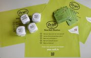 'Zomerpraat' van Sociaal Huis Oostende ontvangt eerste 'Oe ist?'-pakket voor 'warme' ontmoetingsplaatsen